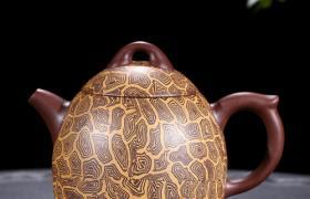 养紫砂壶不等于养茶垢,养好的紫砂壶仍然清爽干净更好