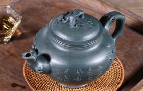 紫砂壶壶身出现这样的光并不是包浆