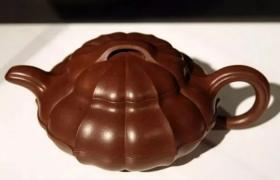 收藏紫砂壶应注意挑选精品、真品,并看准市场行情