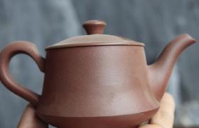 紫砂壶价值:紫砂壶坏了还值钱吗?