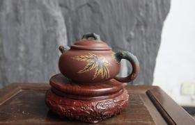 紫砂壶的传统壶型,这把壶动人心弦