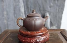 紫砂壶入手:紫砂壶轻的好还是重的好