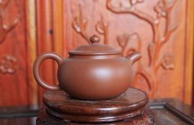 紫砂壶有味道怎么办?这样做简单有效除异味儿!