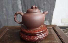 新紫砂壶开壶有油,这是假的紫砂壶吗?