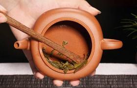 怎么清理紫砂壶的茶垢