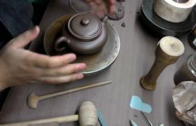 全手工紫砂壶是怎么制作的