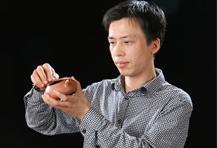 朱永强紫砂壶大师简介-紫砂工艺美术师