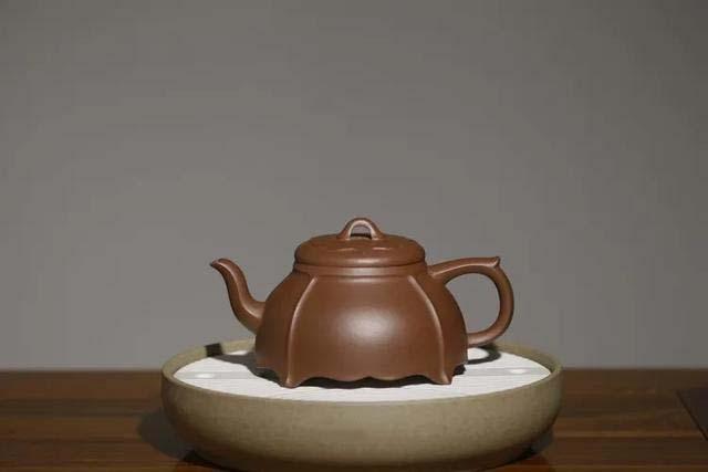 老紫砂壶茶垢如何清理?