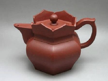 紫砂僧帽壶的由来  1